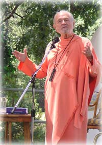 Ananda Center Rhode Island: Learn about Swami Kriyananda